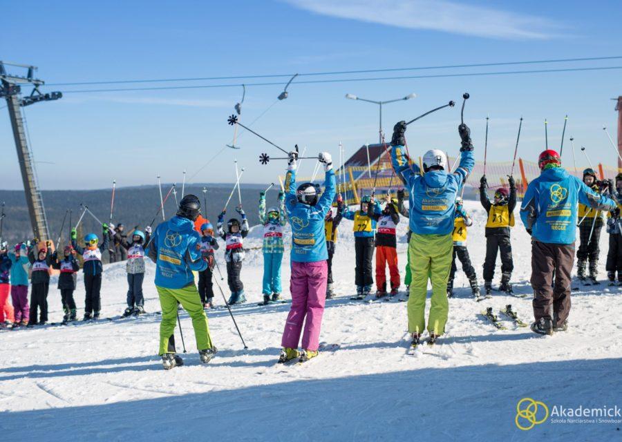 akademicka-szkola-narciarstwa-snowboardu-zieleniec-1