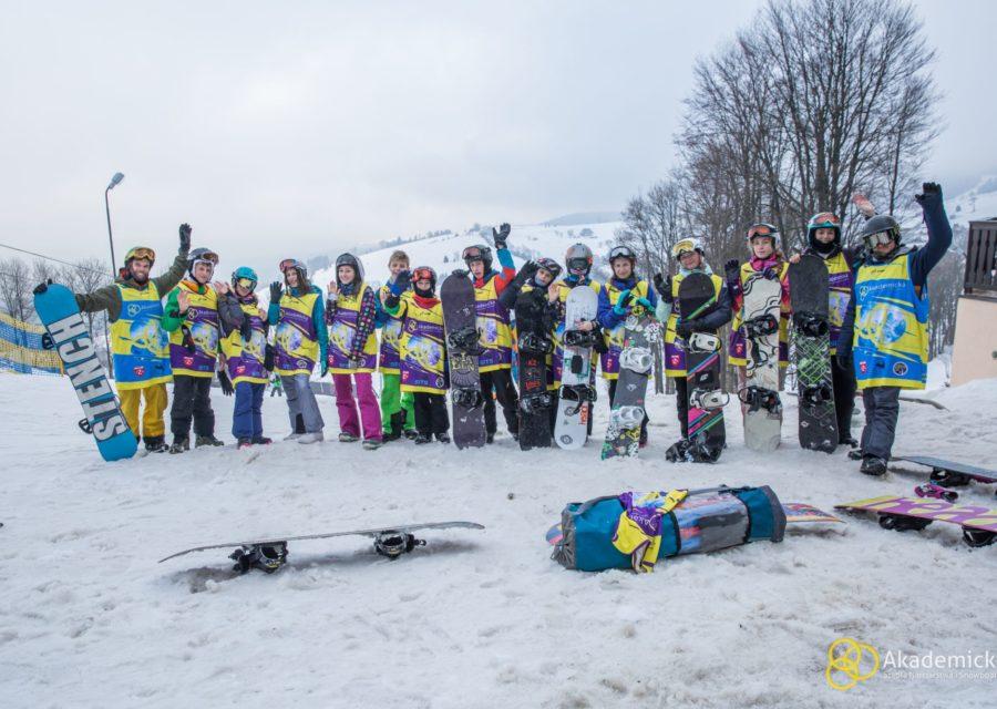 akademicka-szkola-narciarstwa-snowboardu-zieleniec-5
