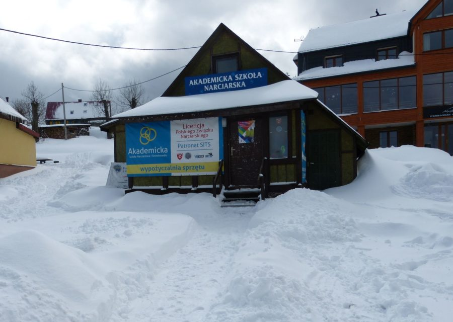 akademicka-szkola-narciarstwa-snowboardu-zieleniec-8